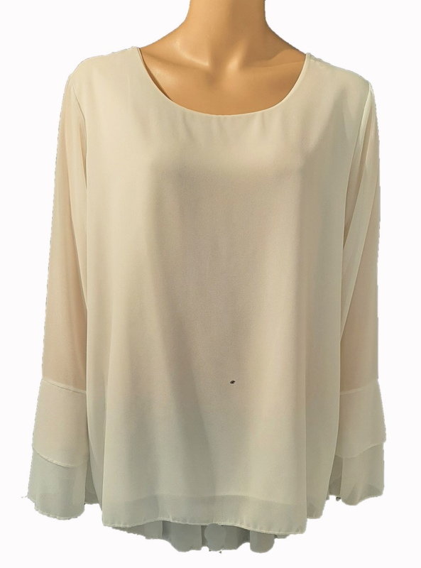 Creme-witte blouse met ruches aan de mouwen