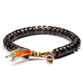 Tibetaanse armband met mantrakralen van kokosnoot