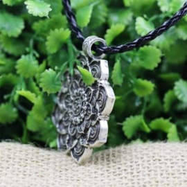 Lotus Mandala ketting met Aum symbool