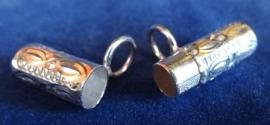 Gedenksieraad cylinder van zilver