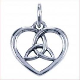Liefde en verbondenheid in symbolisch hangertje van zilver