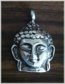 Boeddhahoofd hangertje van massief zilver, prachtig gedetailleerd