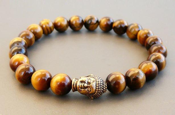 Armband van Tijgeroog met goudkleurige Boeddha-kraal