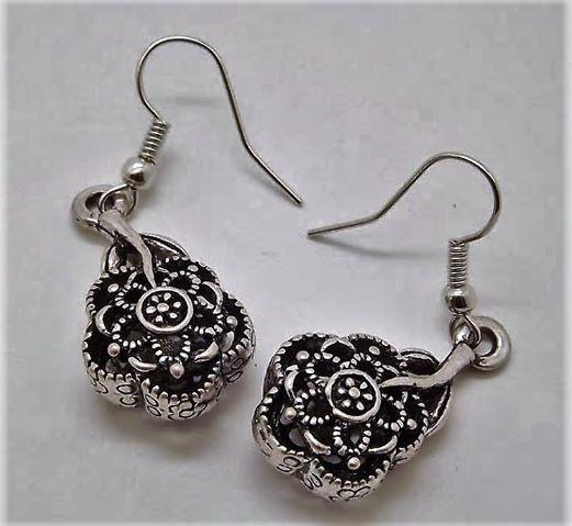 Handgemaakte Tibetaanse oorbellen, bloemvormig