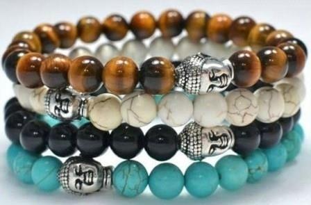 Armband in 4 kleuren met zilverkleurige Boeddhakraal