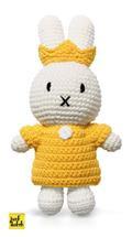 Nijntje handmade gehaakt en haar gele koningsset