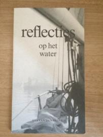 Reflecties op het water