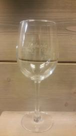 Geëtst wijnglas