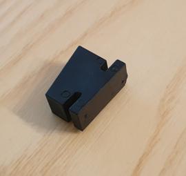 eindstop / aanslag schuin geleider lade koelwerkbank 20 x 15 x 8 mm