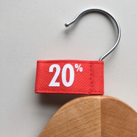 Kledinghanger label vaantje rood -20%- 10 stuks Td04006020W