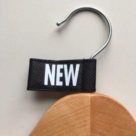 Kledinghanger label vaantje zwart -NEW- 10 stuks Td04006007W