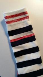 Kniekous wit met blauwe strepen en rode accenten