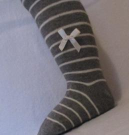 Babymaillot streep met strikje - grijs met creme streepje