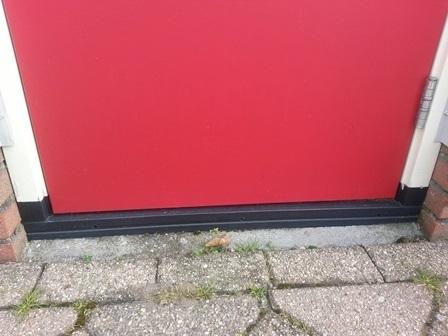 DTS dorpel, sponning BUITEN  € 65,=/mtr