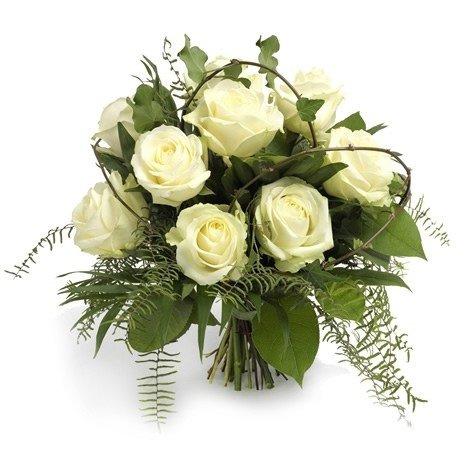 Witte rozenboeket