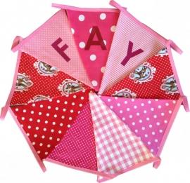 Vlaggetjes met naam: ontwerp Fay