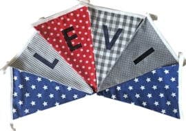 Vlaggetjes met naam: ontwerp Levi