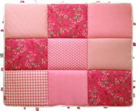 Boxkleed / Speelkleed: Roze Vogels en Vlinders