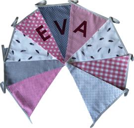 Vlaggetjes met naam: ontwerp Eva Veertjes