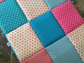 Boxkleed Bloemetjes blauw/roze