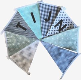 Vlaggetjes met naam: ontwerp Tijn