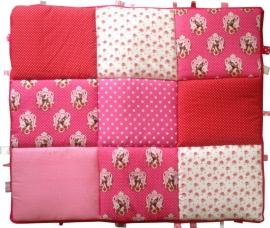 Boxkleed/ Speelkleed Hertjes roze