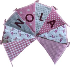Vlaggetjes met naam: ontwerp Nola Flamingo