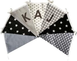 Vlaggetjes met naam: ontwerp Kaj Zwartwit-grijs