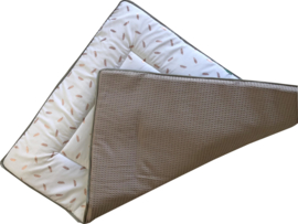Boxkleed/ Speelkleed: Gouden veertjes (Foil)