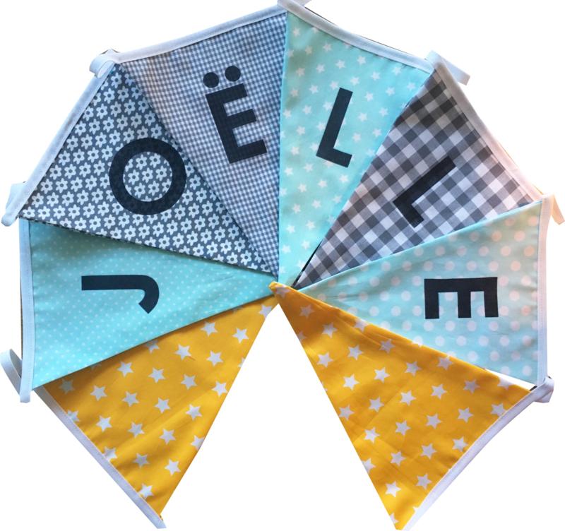 Vlaggetjes met naam: ontwerp Joelle