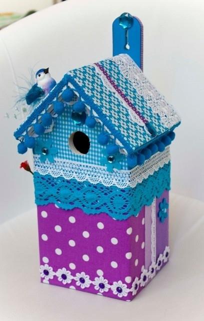 (Muziek) Vogelhuisje Blauw met paarse stippen (nr. 37)