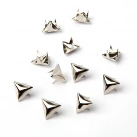 Driehoek studs