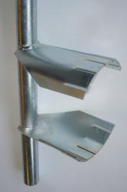 Speciaal gereedschap voor het verwijderen van kunststof schroefwartel van de benzinepomp in de benzinetank