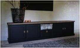 Maatwerk tv meubel BLACK / old wood 5 vaks landelijk