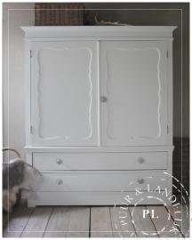 Brocante / oude kast / all white /GERESERVEERD