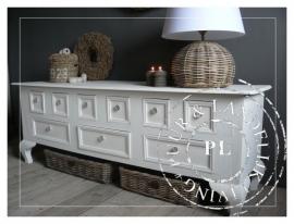 Landelijk magnifiek dressoir Queen Ann / Riviera White *verkocht*