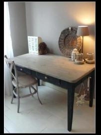 Black bureau (verkocht)
