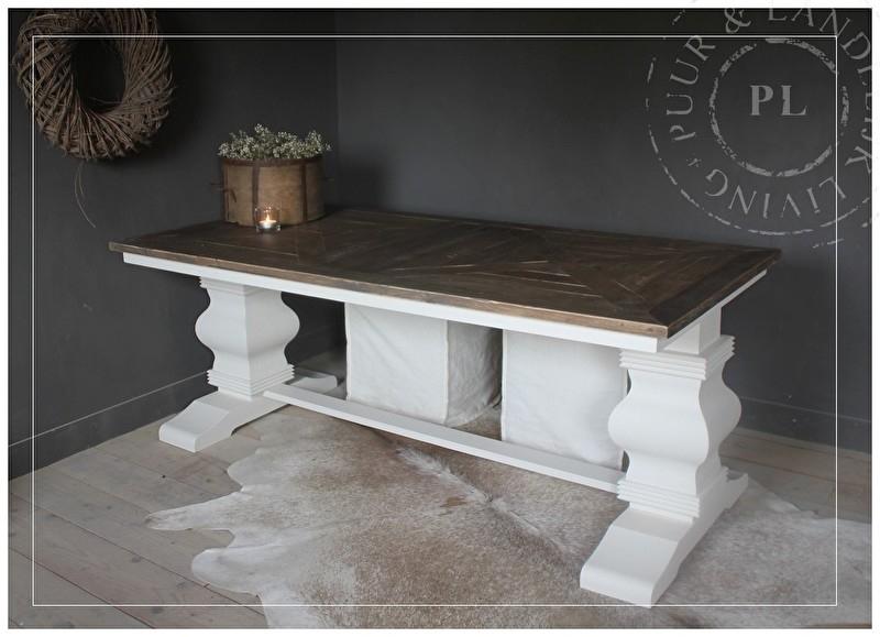 Maatwerk / Eettafel DOUBLE CASTLE / old wood