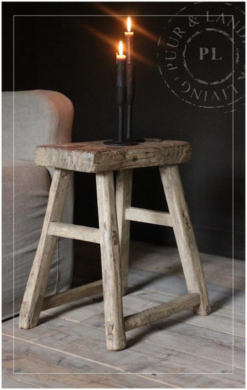 Uniek houten krukje (1)