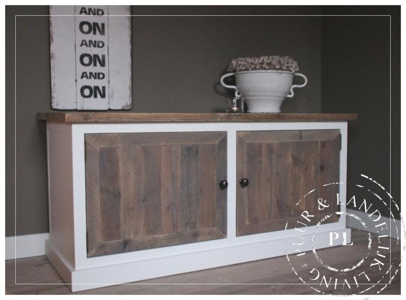 Maatwerk / tv meubel / flatscreenkast / 2 deurs old wood