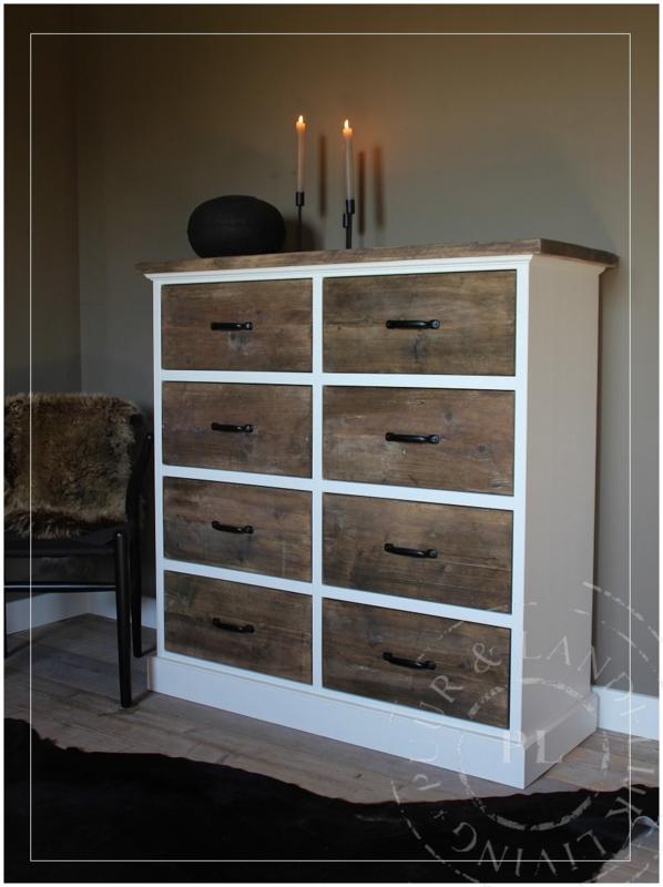 Maatwerk / stoere ladenkast / old wood