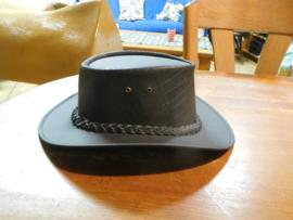 FRA hoed kleur zwart maat L  OP=OP