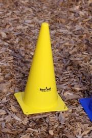 Pylon alleen geel
