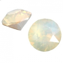 "SS29 / SWAROVSKI PUNTSTEEN ""LIGHT GREY OPAL"" / 6,2MM"