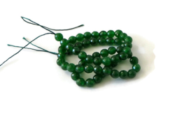 """NST.94 - JADE """"NATURAL MALAYSIA"""" FACET DONKERGROEN / 6MM"""