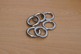 TB.83 - METALLOOK RINGEN / 34 x 5MM