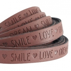 IMITATIE LEER  MET QUOTE: LOVE DREAM SMILE BRUIN / 10MM