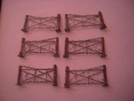 1916 Barbed wire fences WWI / WWII , 70x33mm , 6x flat 40 mm scale (15737)