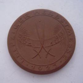 1925 Leipzig , Leipziger Frühjahrs- und Herbstmesse. Meissen Porzellan 36mm Sch1756a - I (14528)
