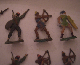 1000 BC Hiitite and Persian warriors ? , 22x flat 30mm scale. Heinrichsen - Nürnberg (15852)
